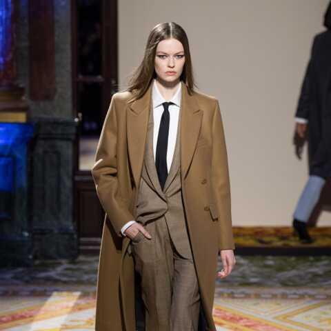 PHOTOS – Comment porter le manteau masculin tout en restant féminine et stylée