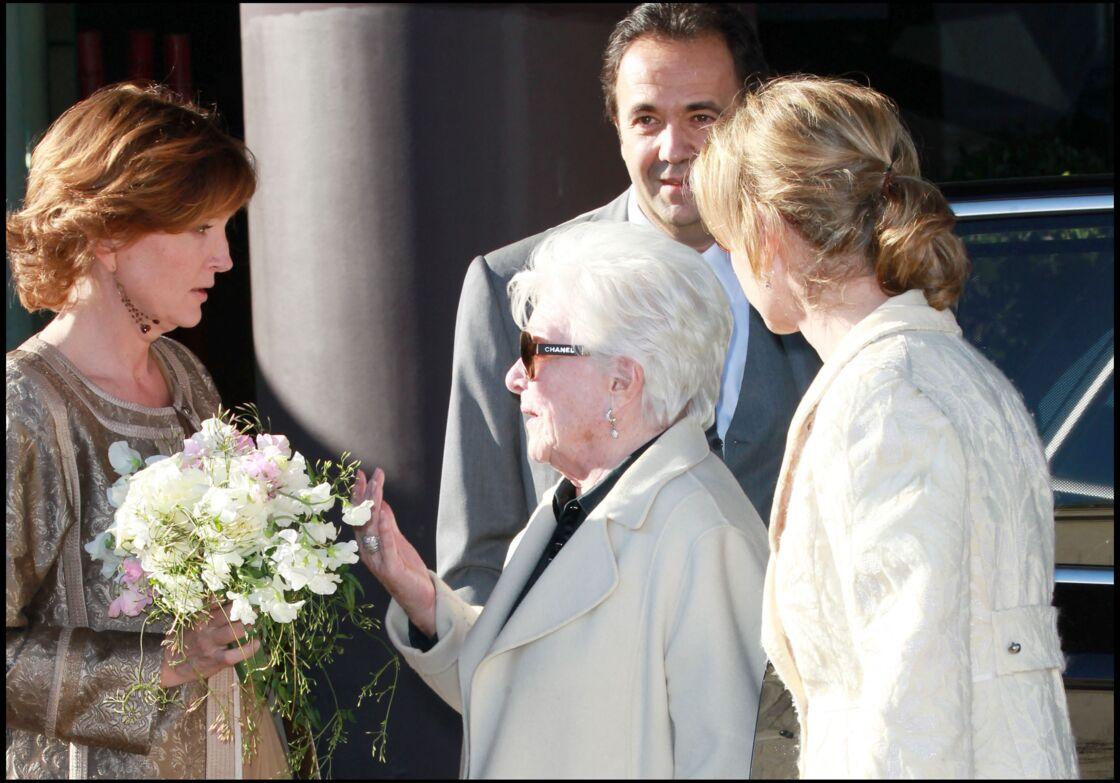 En 2011, Line Renaud est auprès de Claude le jour de son mariage avec Frédéric Salat-Baroux