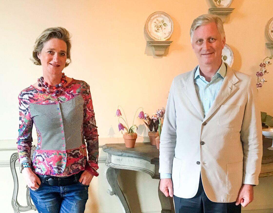 Delphine Boël avec son demi-frère, le roi Philippe de Belgique, ce 25 octobre 2020.