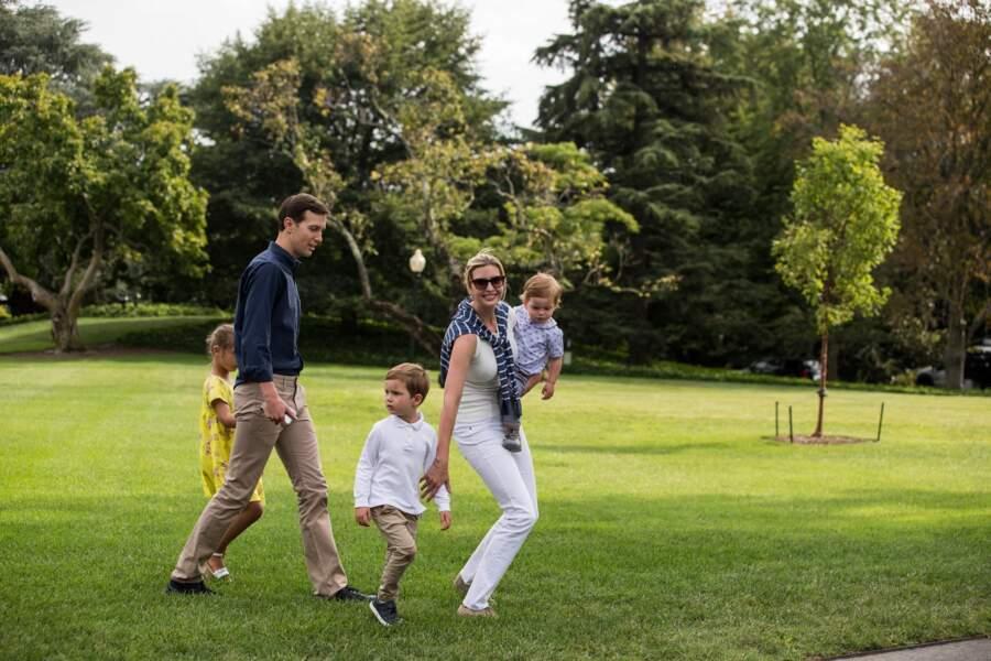 Ensemble, Ivanka Trump et Jared Kushner ont eu trois enfants, Arabella, Joseph et Theodore