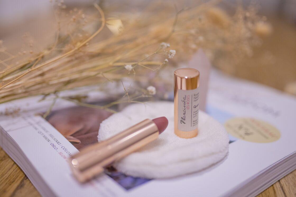 Une nouvelle génération de rouges à lèvres respectueux de l'environnement et de la santé des femmes.