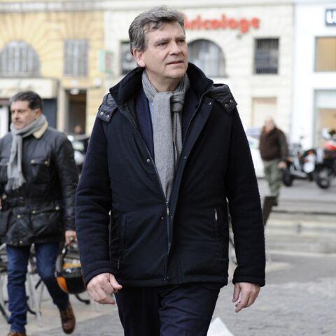 Julien Doré interpelle Arnaud Montebourg… qui le compare à Emmanuel Macron