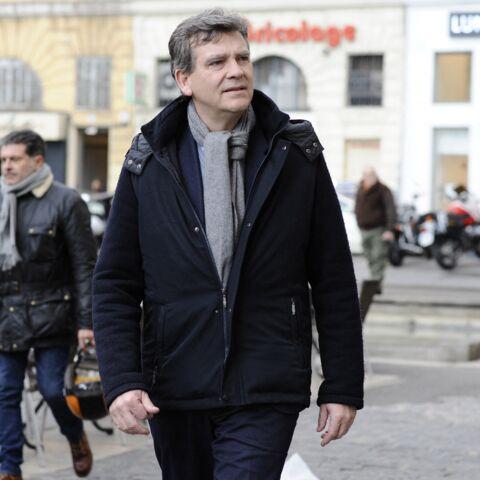 Emmanuel Macron ressemble à Julien Doré: Arnaud Montebourg persiste et signe!