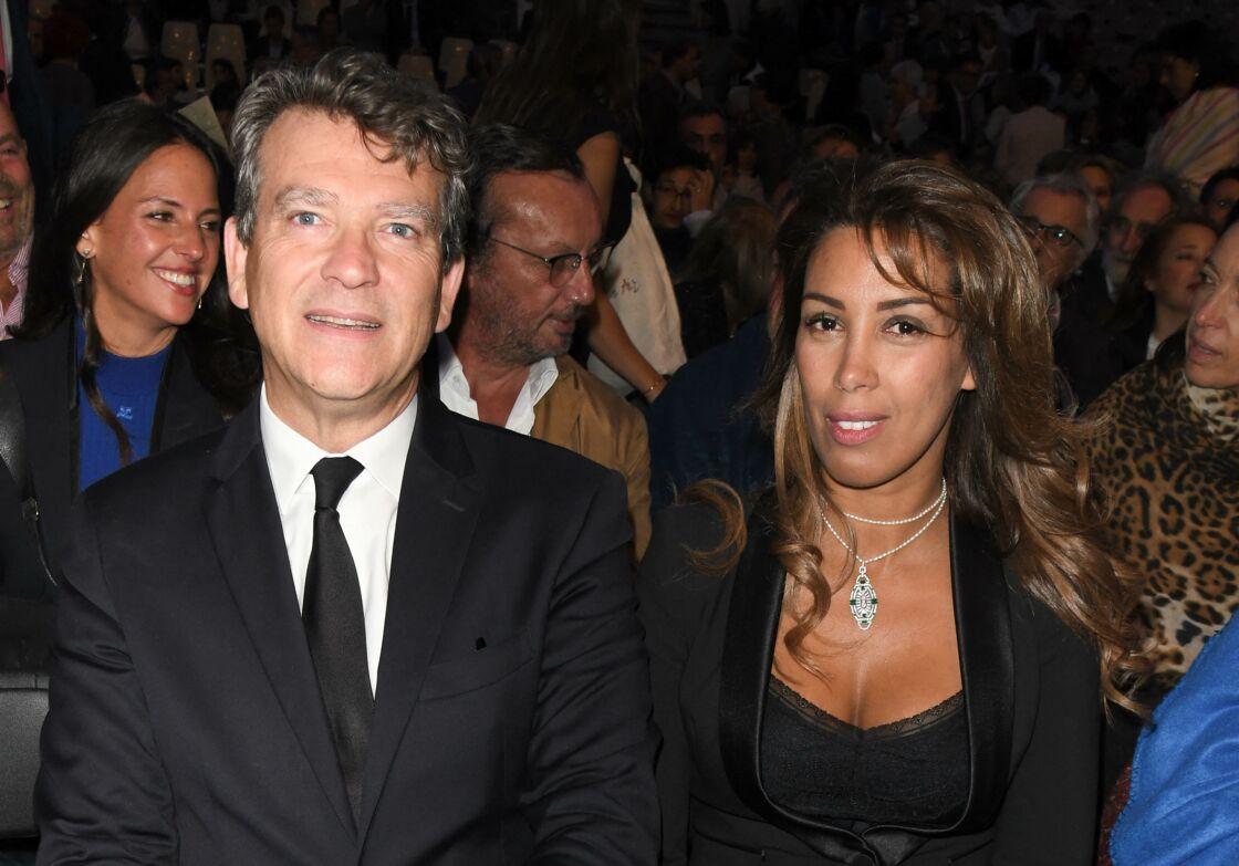Arnaud Montebourg et sa nouvelle compagne Amina Walter en 2019