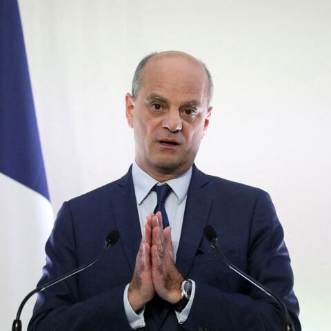 Jean-Michel Blanquer protège bec et ongles sa vie privée