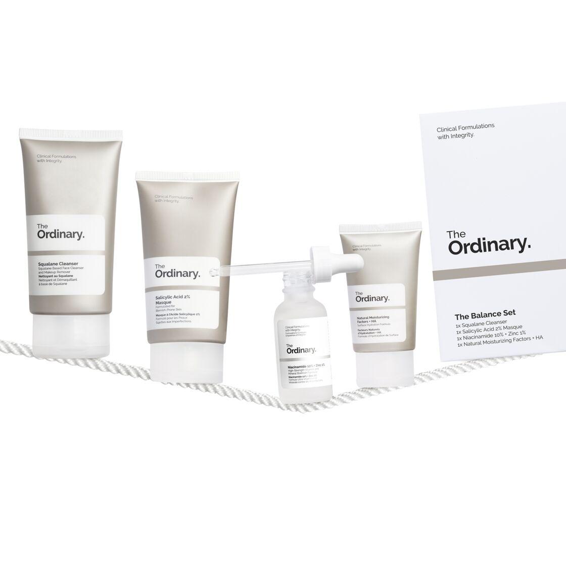 Le kit purifiant complet de The Ordinary à base de nettoyants et de sérum composés d' acide salicylique et de zinc (28 € en exclusivité chez Sephora),