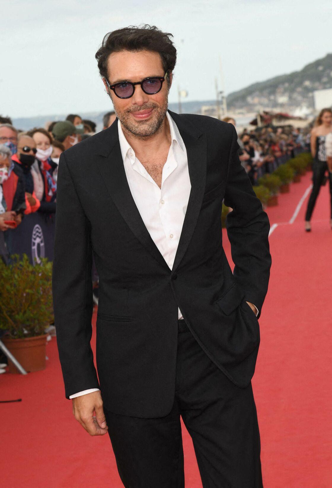 Nicolas Bedos fait partie des célébrités que Laurent Ruquier aimerait voir à la table des Grosses Têtes