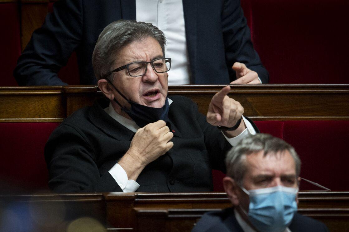 Jean-Luc Mélenchon lors d'une session de questions au gouvernement à l'Assemblée Nationale, à Paris le 27 octobre 2020.