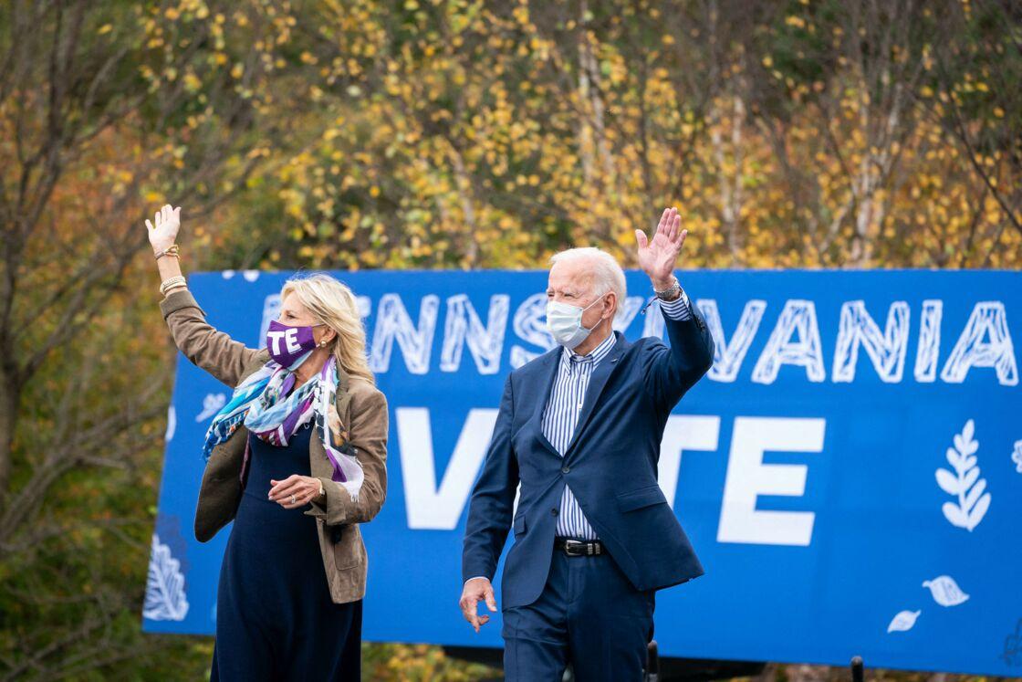 Jill et Joe Biden lors d'un meeting électoral à Bristol, en Pennsylvanie, le 24 octobre 2020.