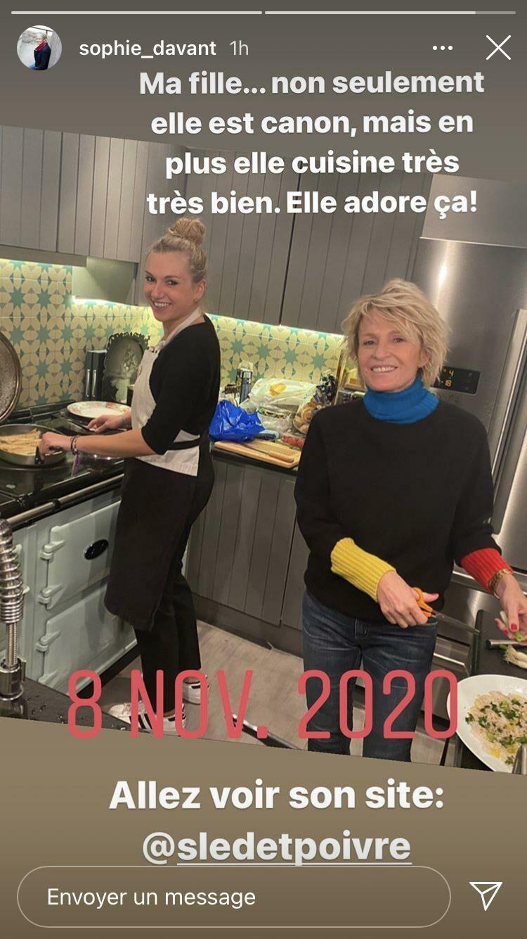 Sophie Davant en cuisine avec sa fille Valentine dimanche 8 novembre 2020