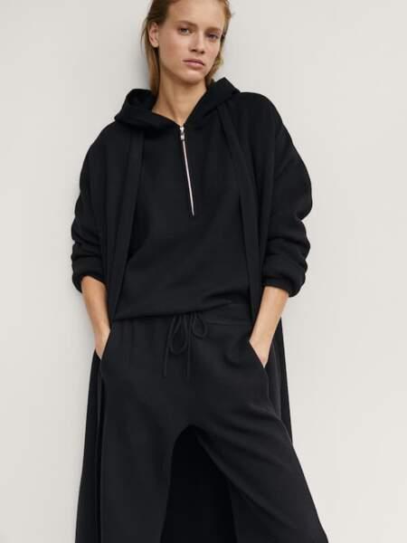 Ensemble manteau, sweat et jogging en maille - Massimo Dutti, 99,95€, 69,95€ le haut et le bas