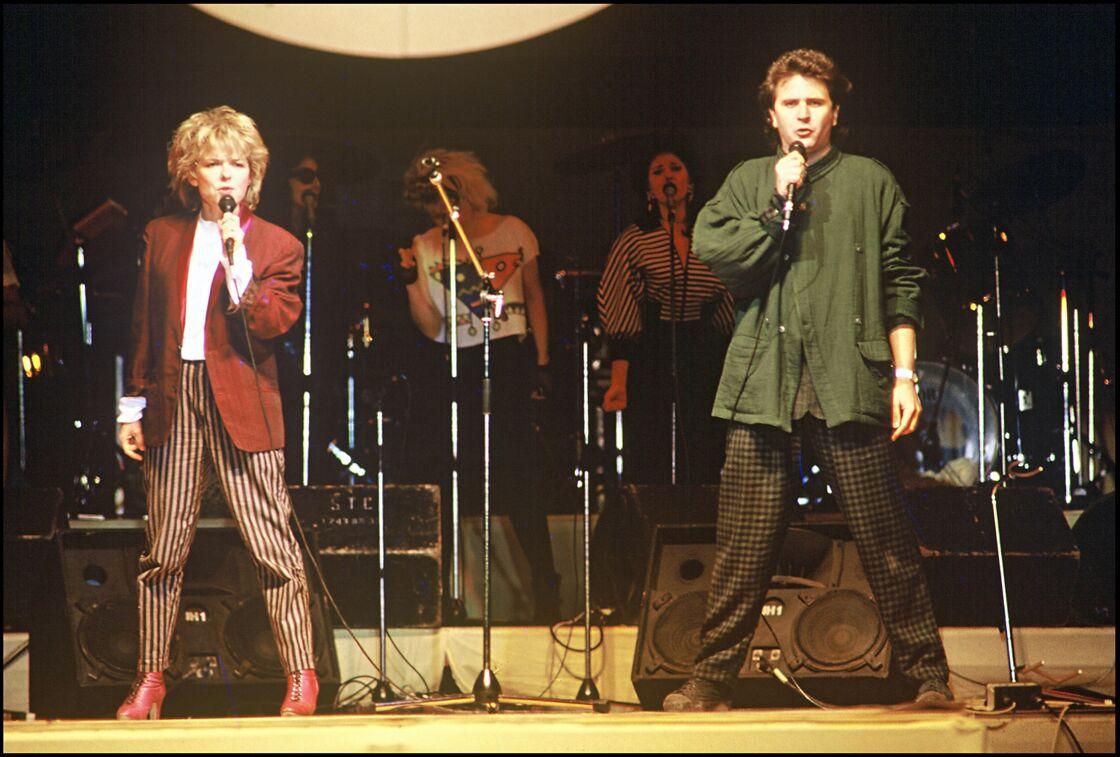 France Gall et Daniel Balavoine en concert en 1985.