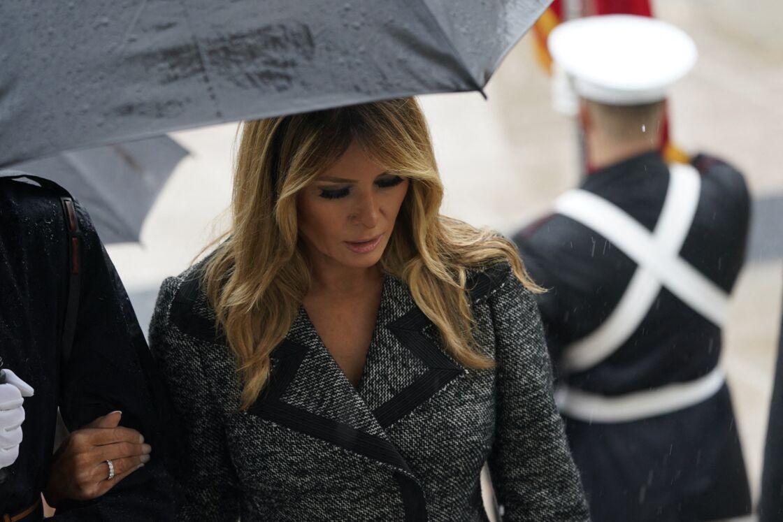 Melania Trump en retrait lors de la cérémonie à Arlington