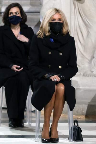 Brigitte Macron assiste solennelle à la panthéonisation de Maurice Genevoix le mercredi 11 novembre 2020