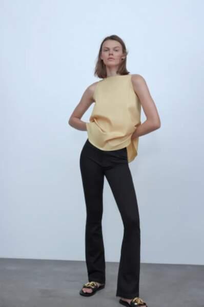 Jean flare noir - Zara, 40€