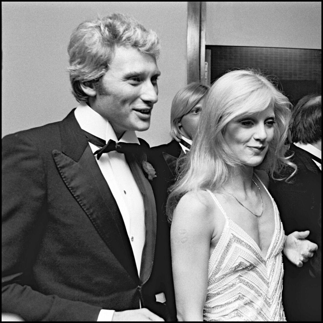 Ensemble, Sylvie Vartan et Johnny Hallyday ont formé un couple mythique à la scène comme à la ville pendant près de vingt ans