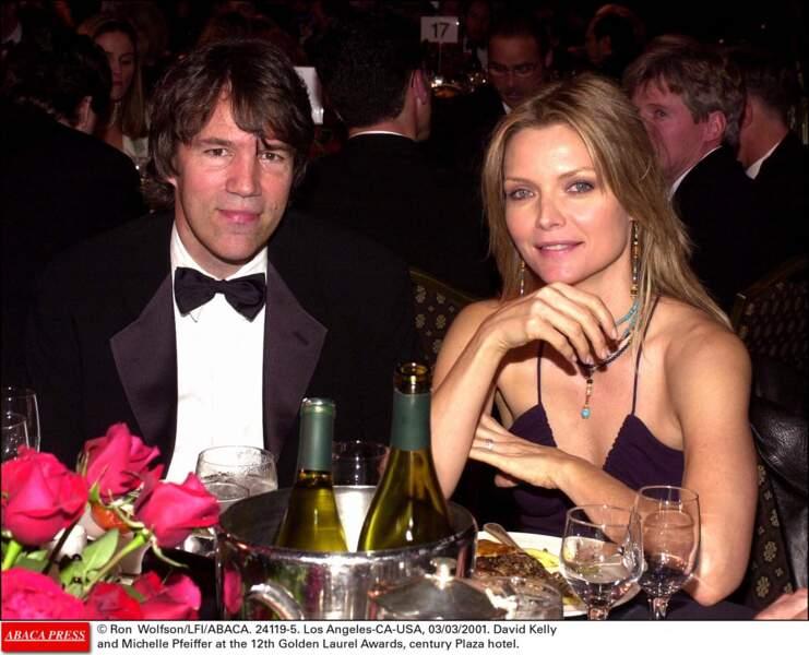 Michelle Pfeiffer et son époux, David E. Kelley, en mars 2001.
