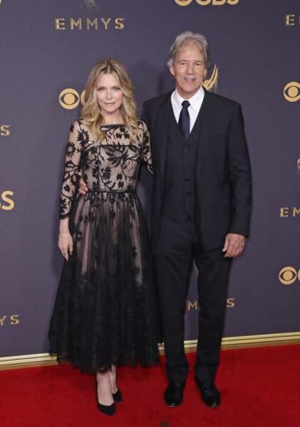 Michelle Pfeiffer et son mari David E. Kelley, à la 69ème cérémonie des Emmy Awards, à Los Angeles, le 17 septembre 2017.