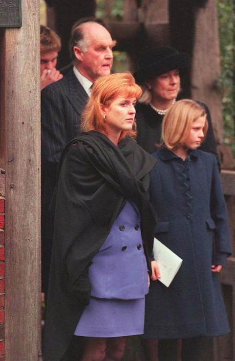 Rare cliché de Sarah Ferguson et sa demi-soeur Eliza en 1996