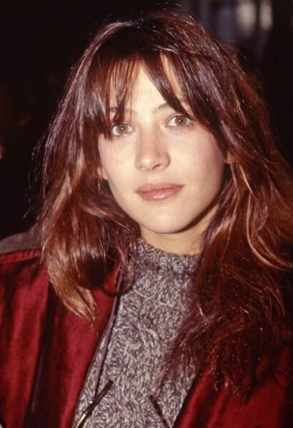 En 1994, Sophie Marceau, enceinte de son premier enfant, rayonne de beauté