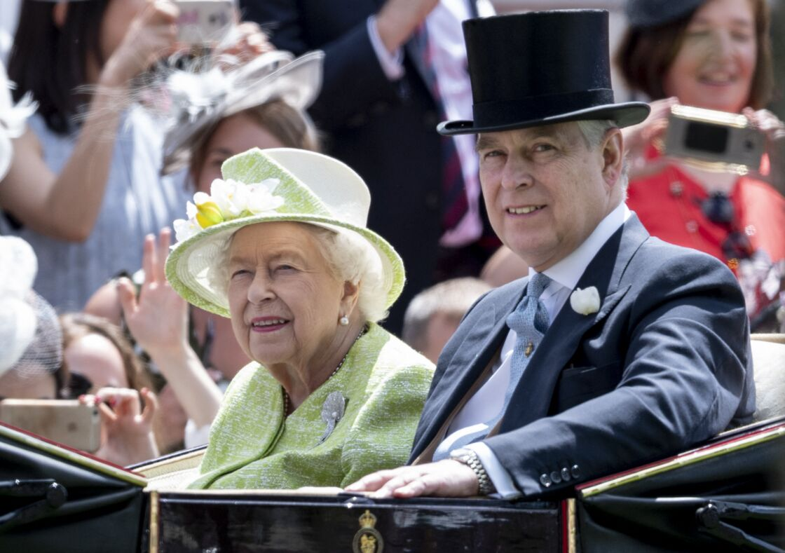 La reine Elizabeth II et le prince Andrew