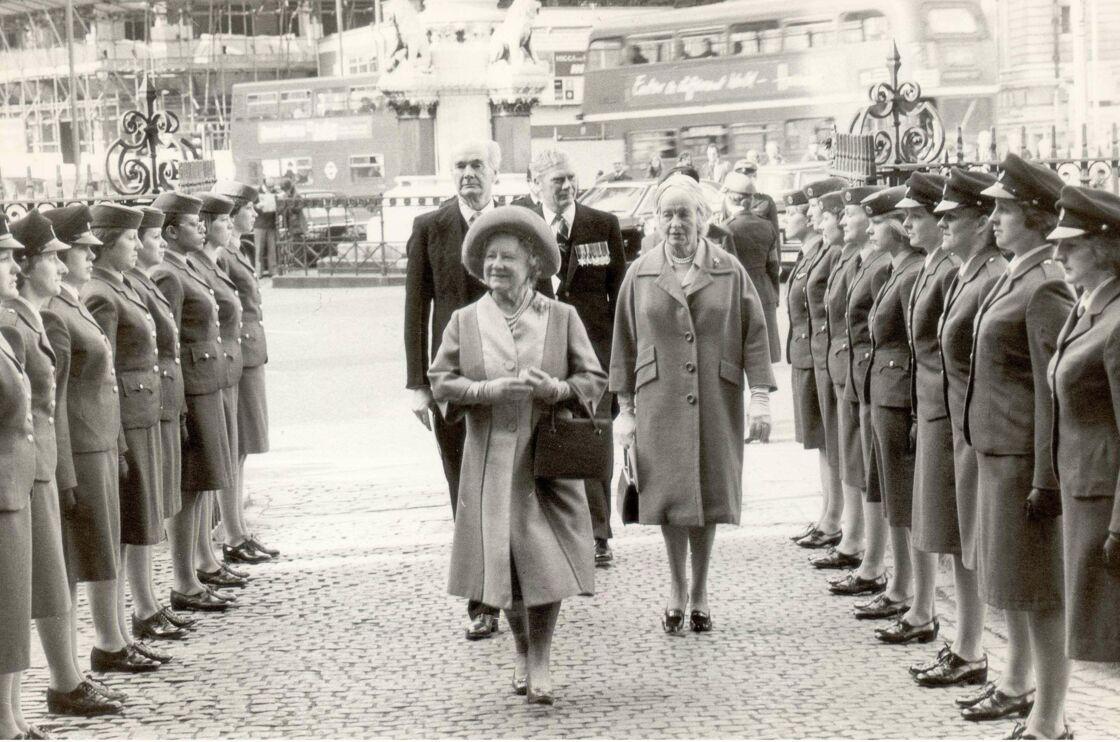La Reine mère et Lady Fermoy en 1977