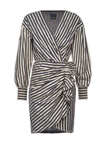 Robe à rayures lurex en voile, Pinko, 290 €. www.pinko.com