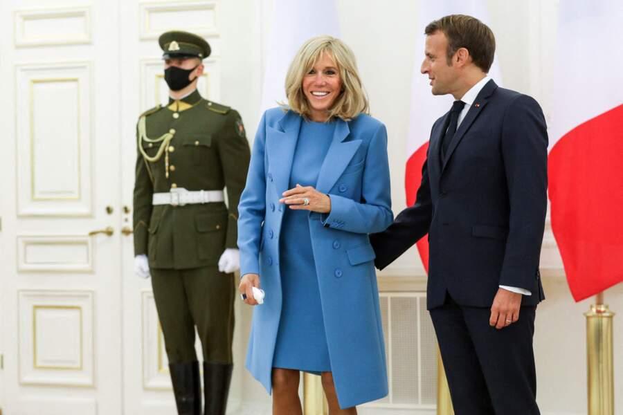 Brigitte et Emmanuel Macron ne se quittent désormais plus et s'affichent toujours très complices