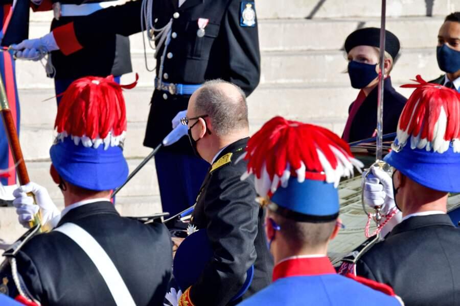 Le prince Albert II de Monaco en tenue d'apparat.