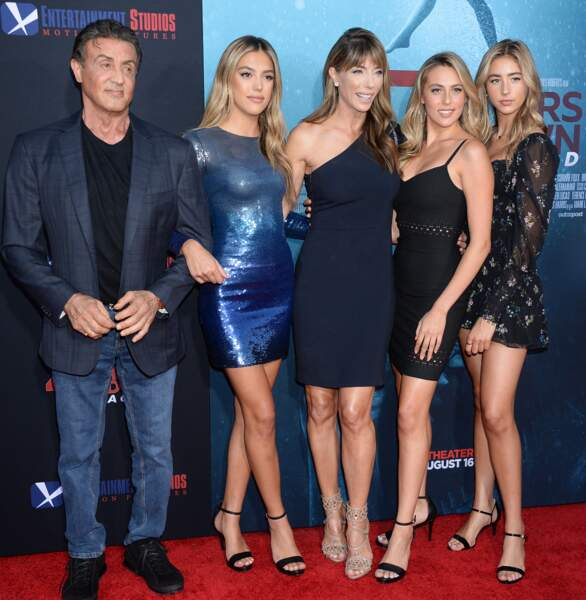 Sylvester Stallone, ses filles Sistine, Sophia et Scarlet, et leur mère Jennifer Flavin, le 13 août 2019 à Los Angeles.