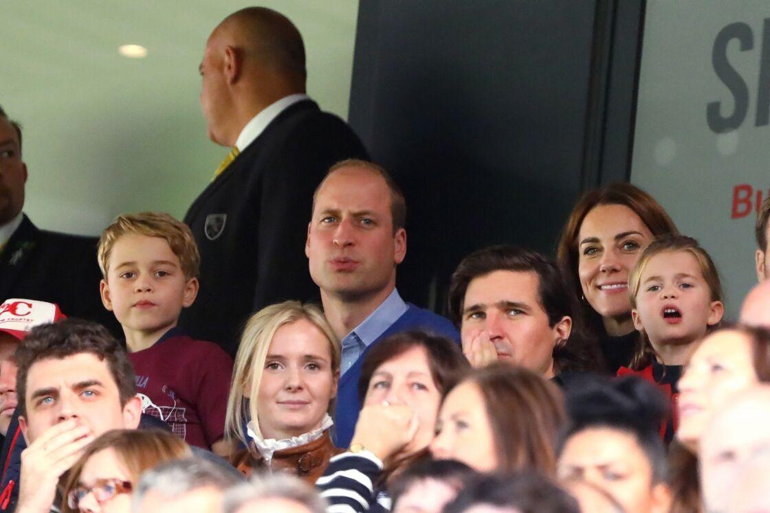 Le prince George, le prince William, Kate Middleton et la princesse Charlotte à un match de Premier League, à Norwich, Royaume Uni, le 5 octobre 2019