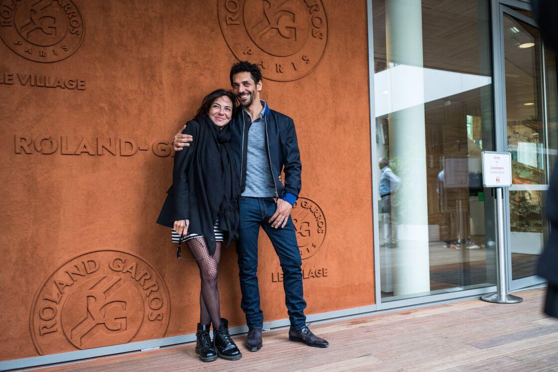 Tomer Sisley et sa femme Sandra Sisley - People au village pour la finale hommes lors des internationaux de France de tennis de Roland Garros 2019 à Paris le 9 juin 2019.