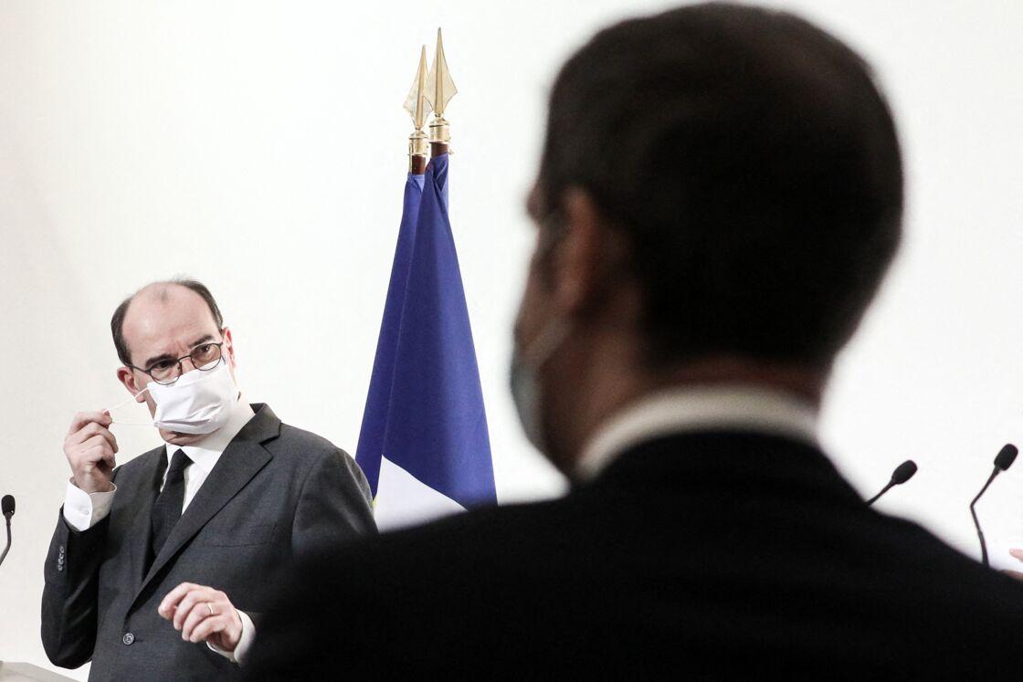 Conférence de presse de Jean Castex, Premier ministre en présence de Olivier Véran, ministre des Solidarités et de la Santé sur les mesures de lutte contre l'épidémie de Coronavirus (COVID-19), Paris, le 26 novembre 2020.