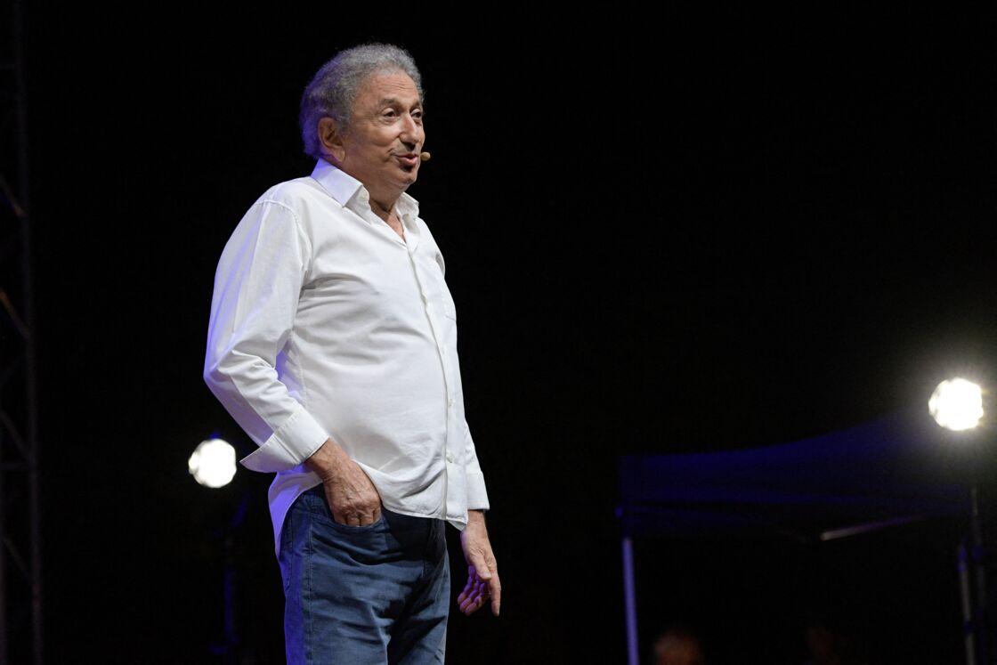 En août dernier, Michel Drucker était monté sur scène à Aix-en-Provence, pour rendre hommage à son ami Guy Bedos.
