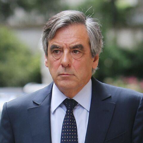 François Fillon raconte son confinement: sa carte postale ne passe pas inaperçue
