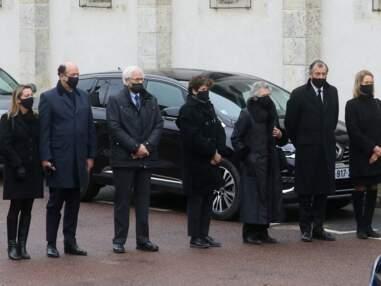 PHOTOS - Valéry Giscard d'Estaing inhumé dans la plus stricte intimité