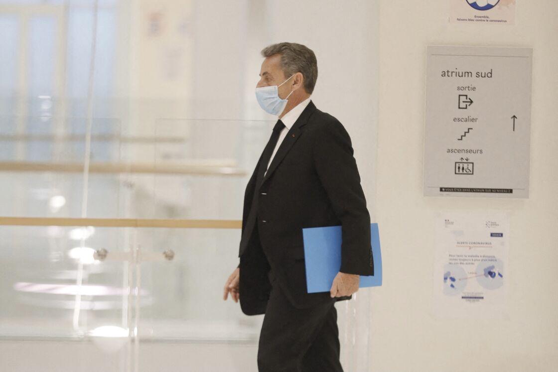Nicolas Sarkozy arrivant au tribunal correctionnel de Paris le 7 décembre 2020