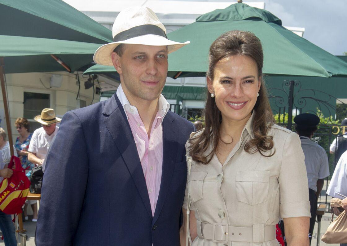 Sophie Winkleman, avec son époux, Lord Frederick Windsor, lors du tournoi de Wimbledon, le 12 juillet 2019.