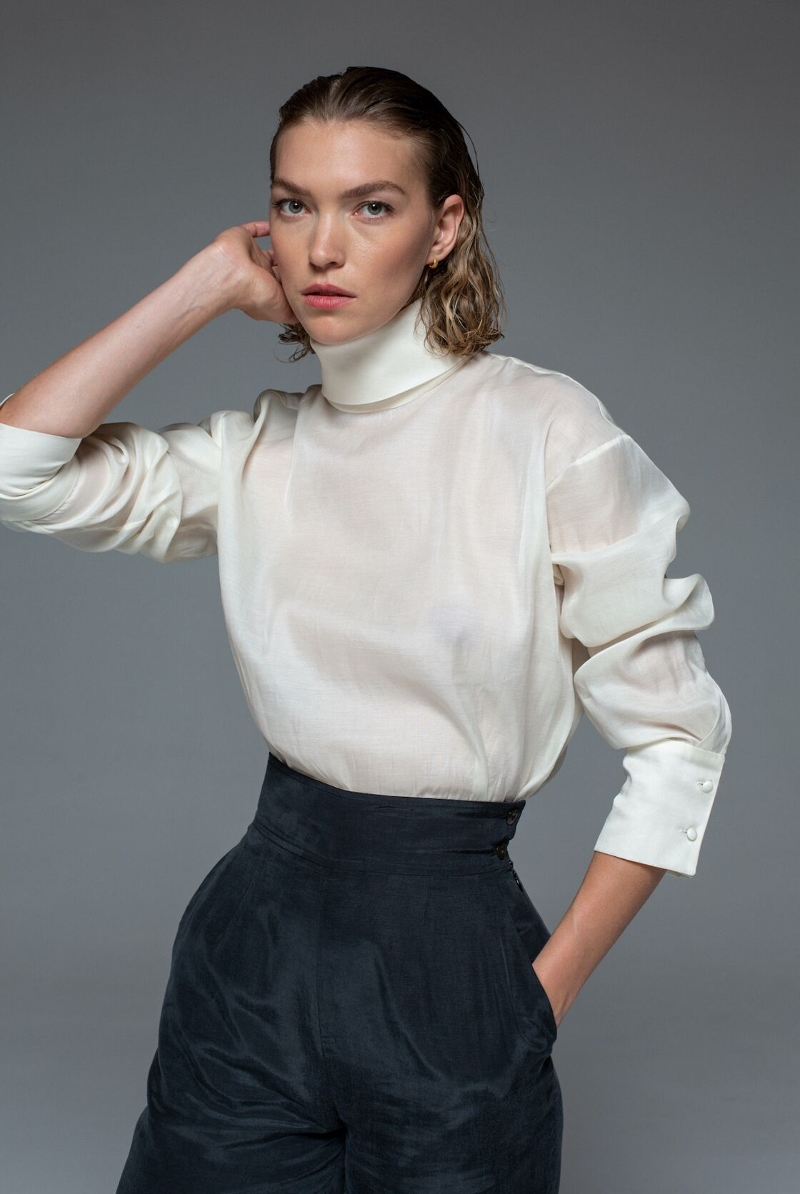 La chemise Cygnus en soie de la paix, 100% écoresponsable - Arizona x Olistic, 450 €