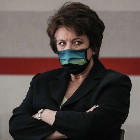 «Roselyne Bachelot est une guerrière»: malgré un crève-cœur, la ministre ne lâche rien