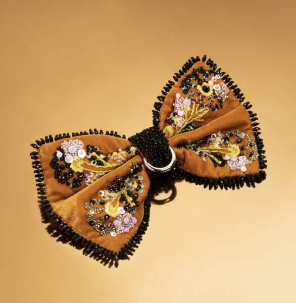 Barette couture, 170 €, Maison Chou.