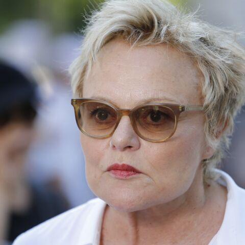 «C'est terrible pour moi»: Muriel Robin révèle ce qui la traumatise affreusement à la télé