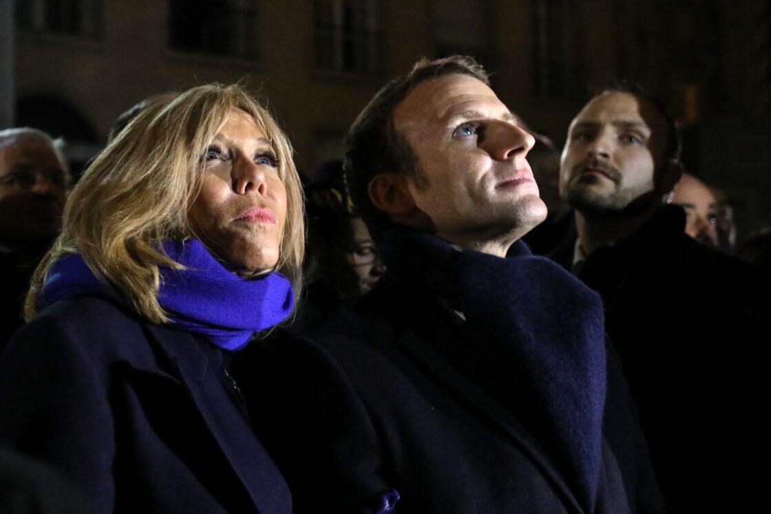 Emmanuel et Brigitte Macron, heureux et amoureux !