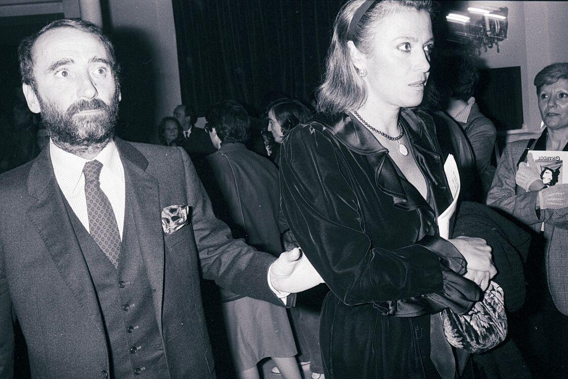 Claude Brasseur et son épouse Michèle à la première de la pièce