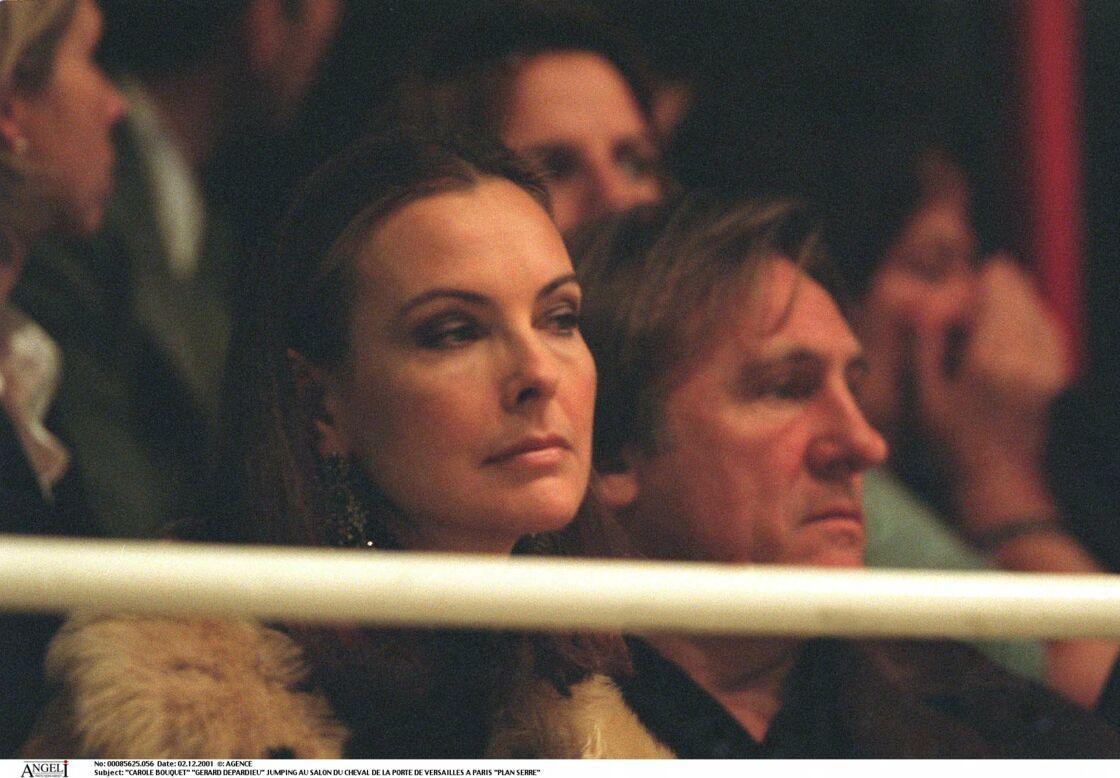 Après lui donné la réplique dans trois films, Carole Bouquet est tombée dans les bras de Gérard Depardieu. Ils ont vécu neuf ans d'amour, de 1996 à 2005