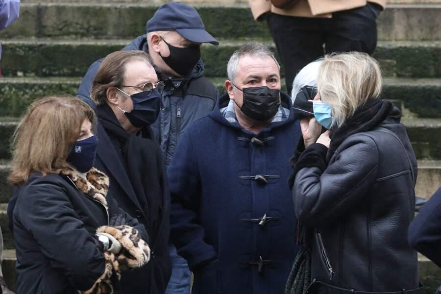 Nicole Calfan, Daniel Russo et Fabien Onteniente aux obsèques de Claude Brasseur