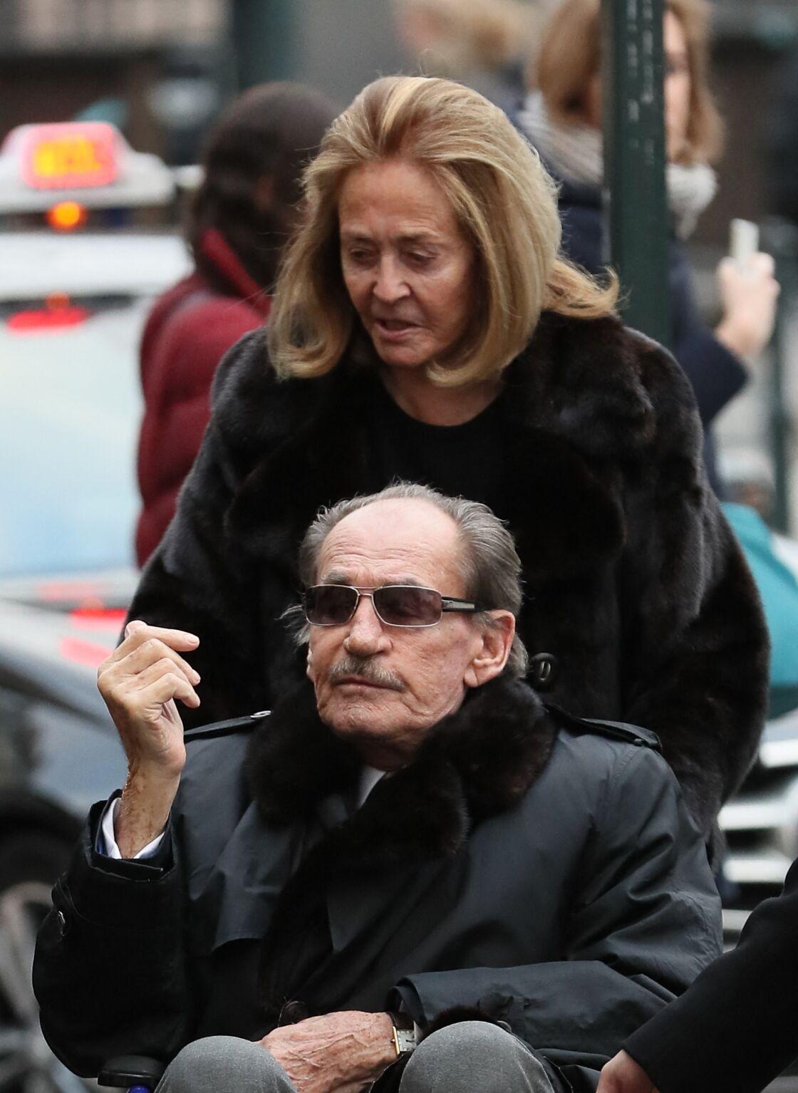 Pal Sarkozy avec sa compagne Inès aux obsèques d'Andrée Sarkozy le 18 décembre 2017