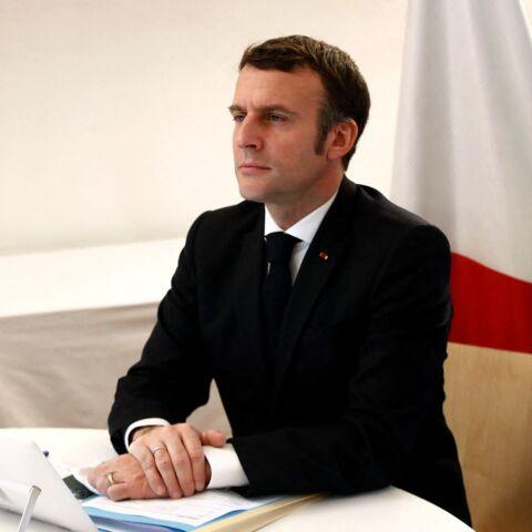 Emmanuel Macron: son père «ronchon» lors de la passation avec François Hollande
