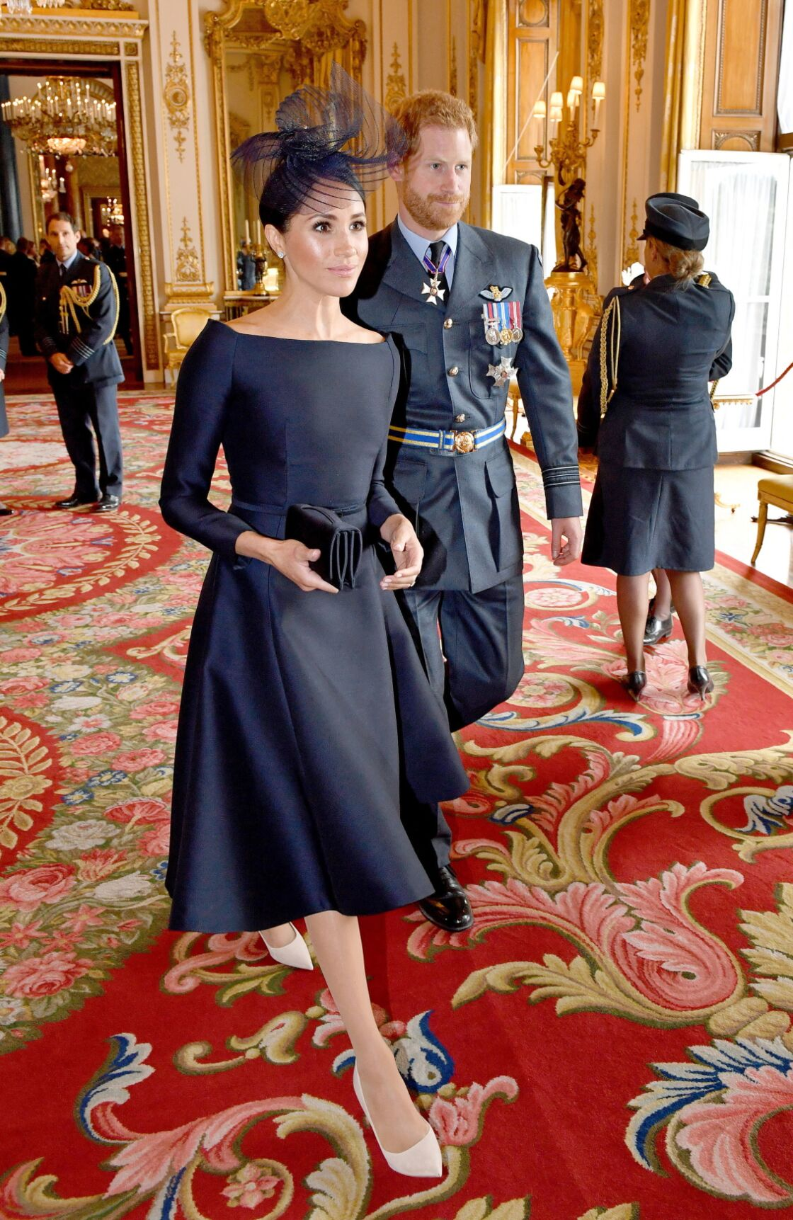 Meghan Markle, habillée en Dior Haute Couture par Maria Grazia Chiuri, pour les 100 ans de la Royal Air Force, le 10 juillet 2018.