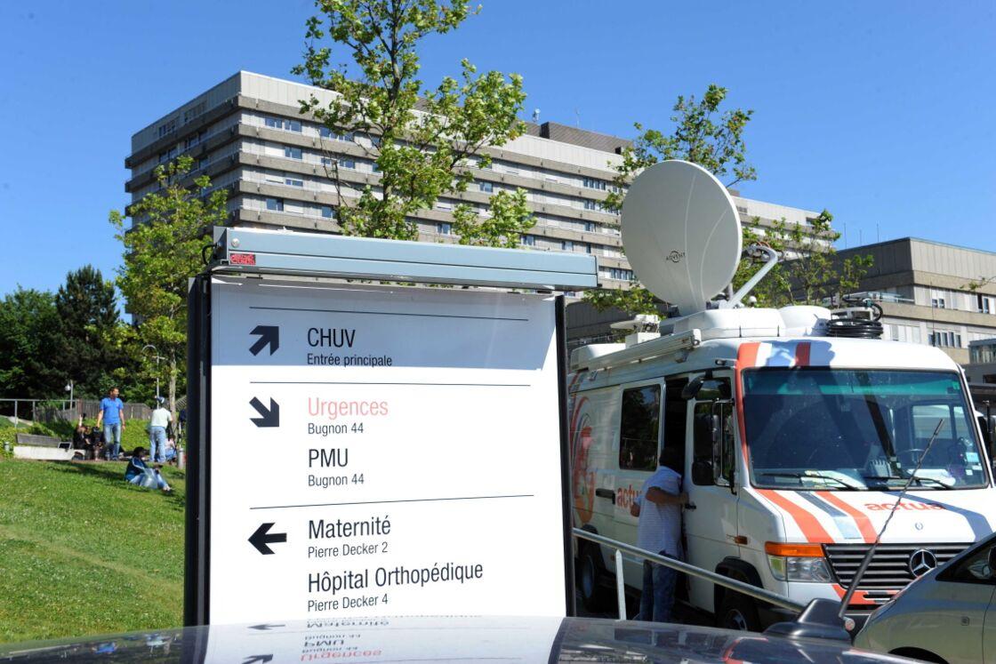 Le 16 juin 2014, Michael Schumacher sort du coma et est transféré au CHU de Vaud à Lausanne (Suisse).